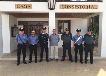 Spanish, Italian state police pay visit to island